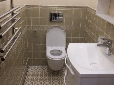 Какого цвета сделать стены и пол туалета?