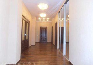 Ремонт коридора от компании СВ Групп