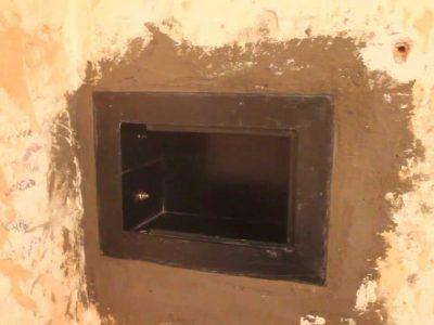 Врезка сейфа в стену